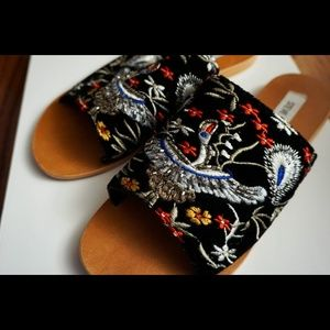 Detailed Embroidered Slides